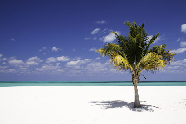 Six Beauty Tips for Summer Travel